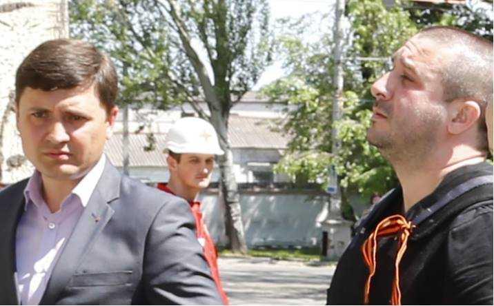 Мер Мариуполя Вадим Бойченко и его новая власть не хочет признавать боевиков ДНР и ЛНР террористами