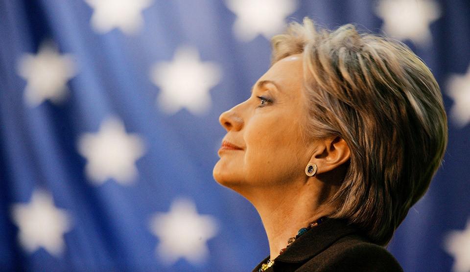 Клинтон после выздоровления оторвалась от Трампа на 5%