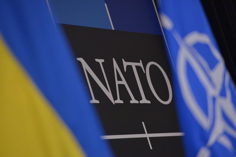 """Генсек НАТО Єнс Столтенберг: """"Ми продовжуємо підтримувати суверенітет та територіальну цілісність України"""""""