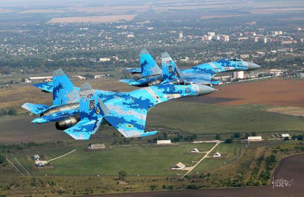 Специалисты инженерно-аэродромной службы завершили восстановление военного аэродрома в Краматорске
