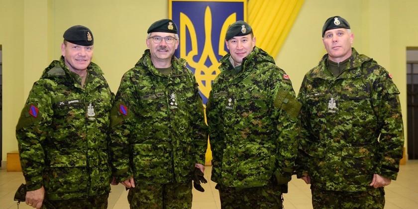 Командувач Сухопутними військами Канади відвідав рідне село в Україні