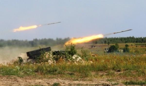 Ползучее наступление. ВСУ почти отрезали Докучаевск от Донецка (КАРТА)
