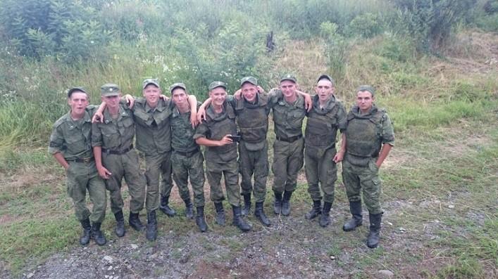 """""""Их здесь нет"""" – вернутся, немного постреляют по украинцам, и вернутся. Ничего ж особенного. Обычное лето в российской армии. ВИДЕО"""