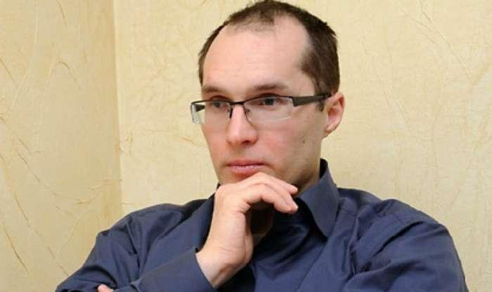 Роман Доник: Почему Бутусов врет о Муженко. Истоки.
