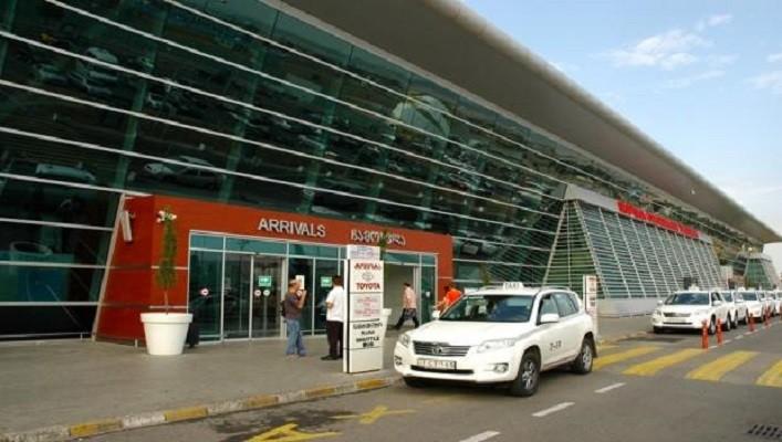 В аеропорту Тбілісі росіянин отруїв кількох людей невідомою речовиною