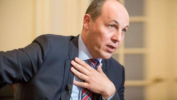 Андрей Парубий рассказал в суде, о чем договаривался с сепаратистами