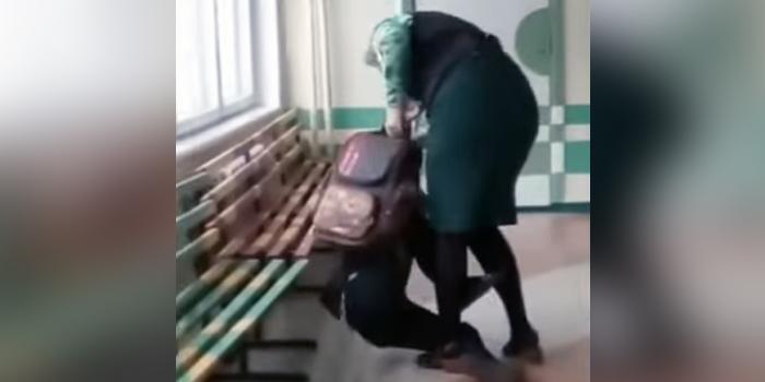 В РФ учительница избила девятилетнего школьника (ВИДЕО)