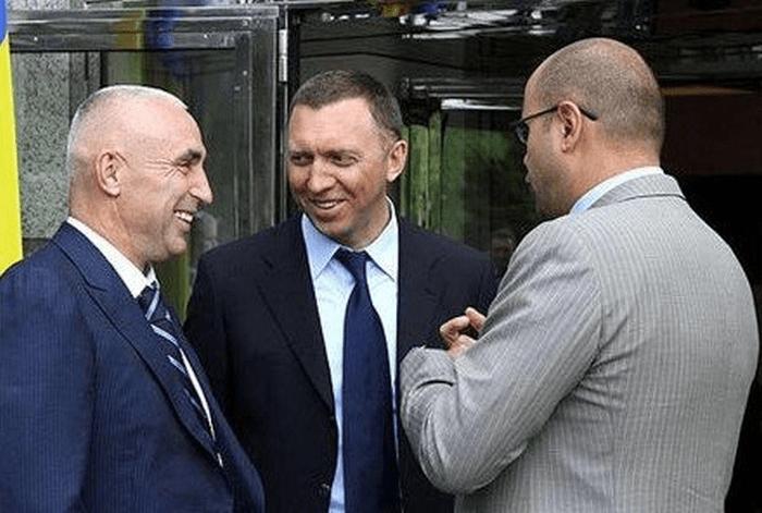 Ярославський та російський олігарх Дерипаска планують приватизувати Укрпошту