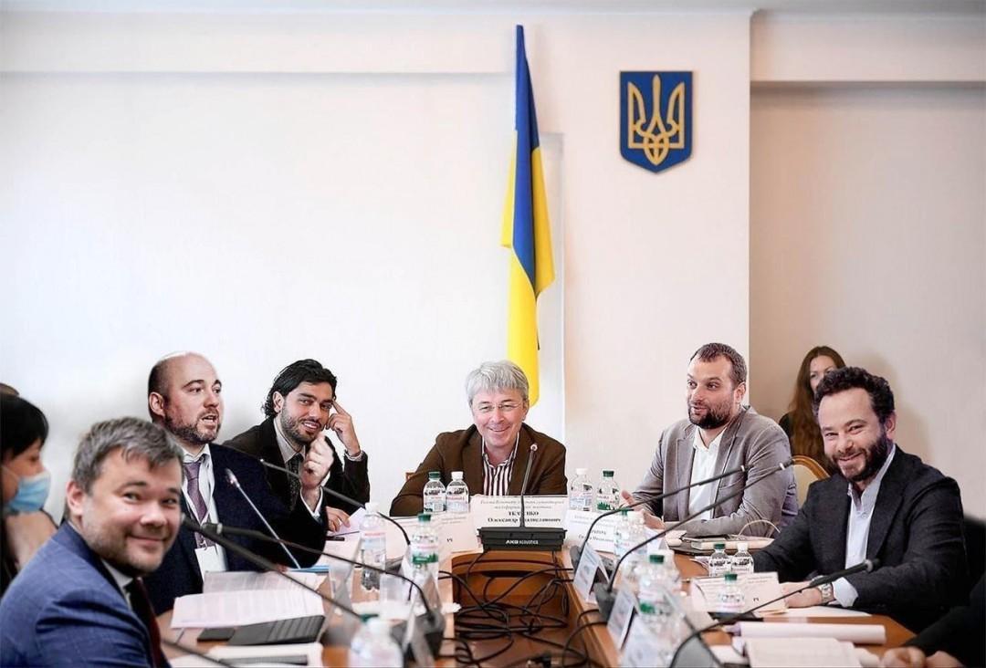 Земельно-культурный дерибан: в чем обвиняют нового министра культуры Ткаченко